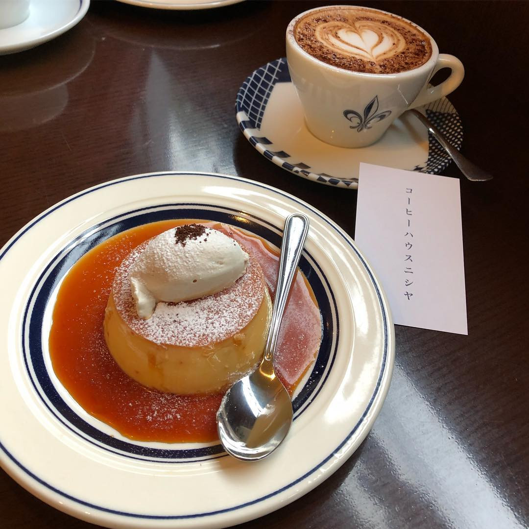 Coffeehouse Nishiya, Tokyo, Japan. instagram.com/naosan9504