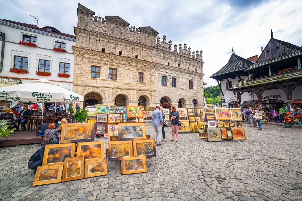 Kazimierz Dolny, Poland. Patryk Kosmider / Shutterstock.com