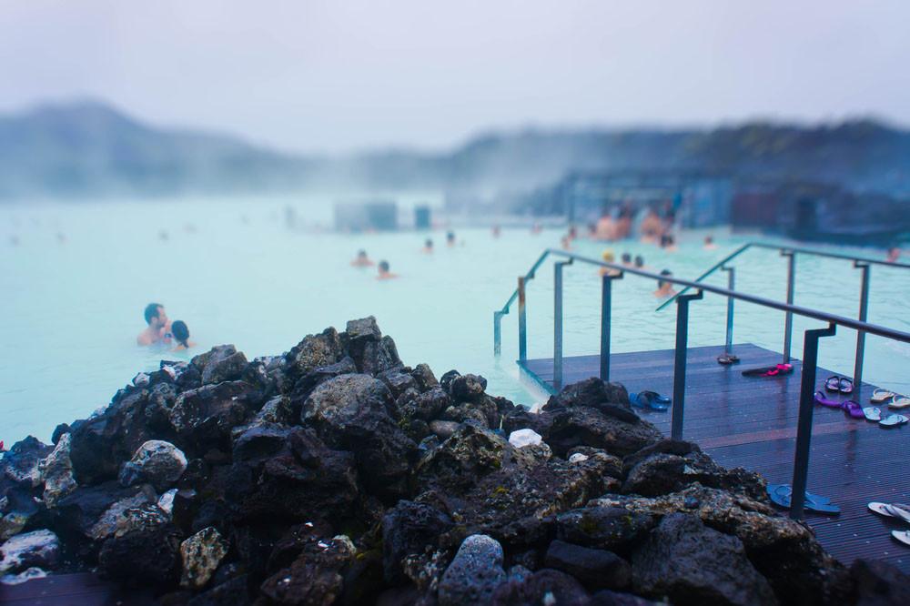 Geothermal bath, Reykjavik, Iceland. Tsuguliev/Shutterstock.com