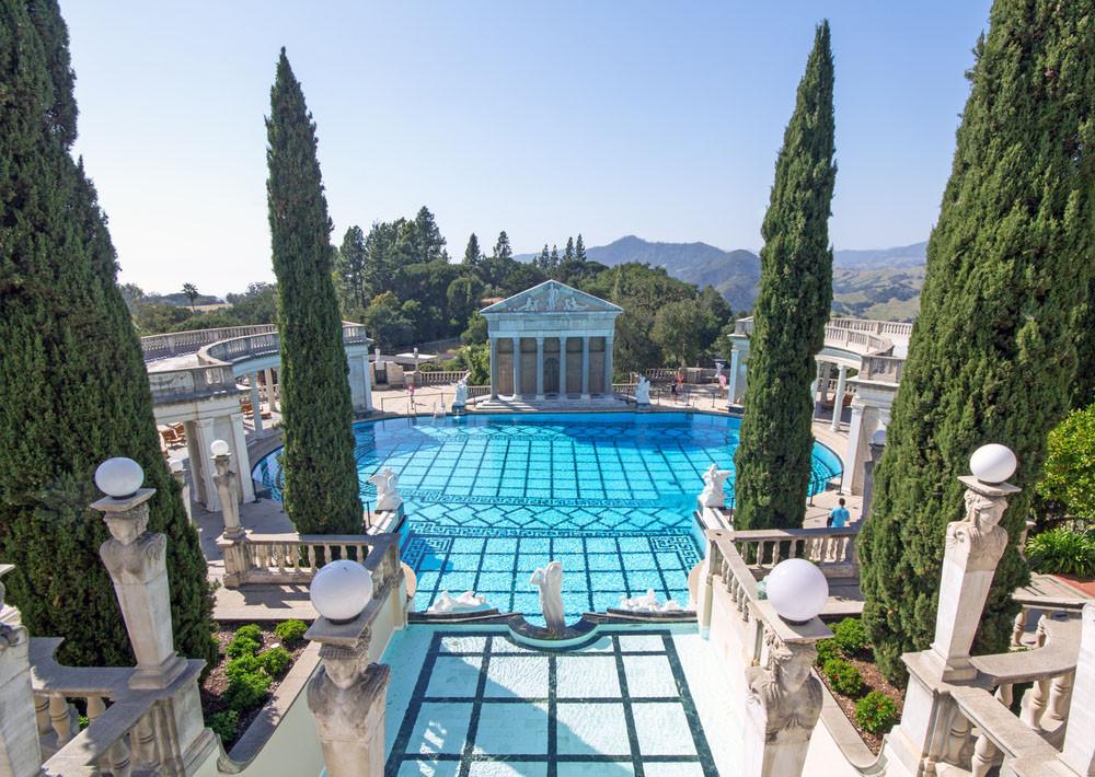 Neptune Pool, Hearst Castle, San Simeon, California. Aimee M Lee / Shutterstock.com