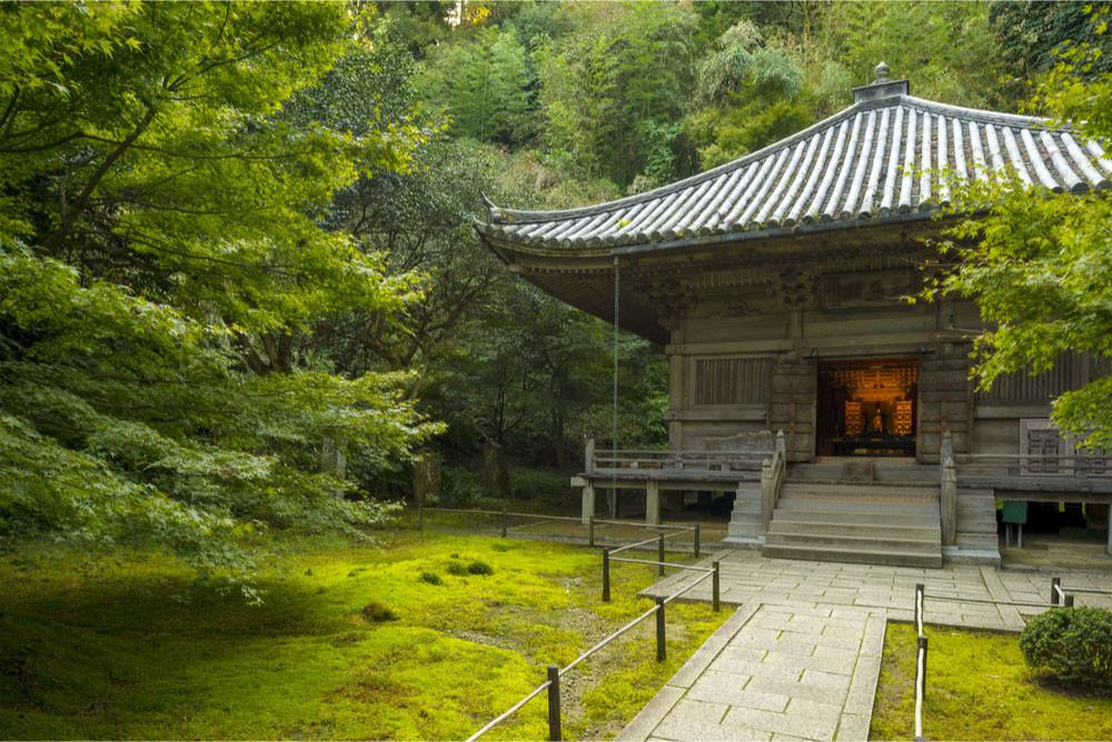 Lush gardens at Entsuin in Matsushima, Japan.