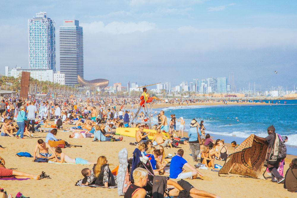 La Barcelona beach, Barcelona, Spain. Ingus Kruklitis / Shutterstock.com