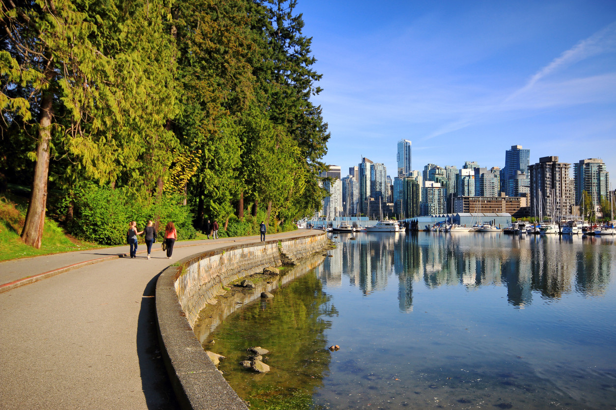 Stanley Park Seawall Path, Vancouver, British Colombia, Canada. istockphoto/Orchidpoet