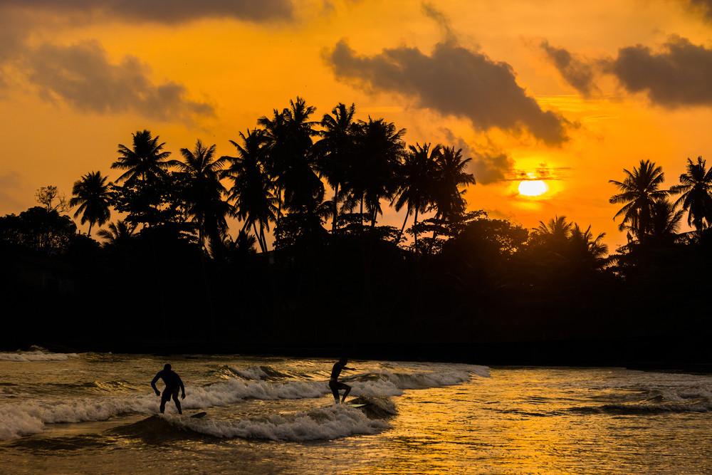 Surf in Sri Lanka.