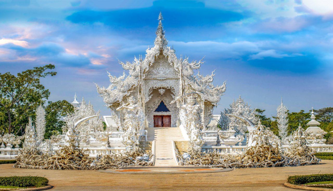 Wat Rong Khun, Chiang Rai White Temple, Thailand.