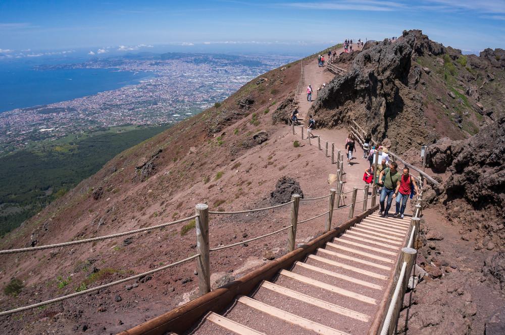 Mount Vesuvius crater trail, Naples, Italy. Alxcrs / Shutterstock.com