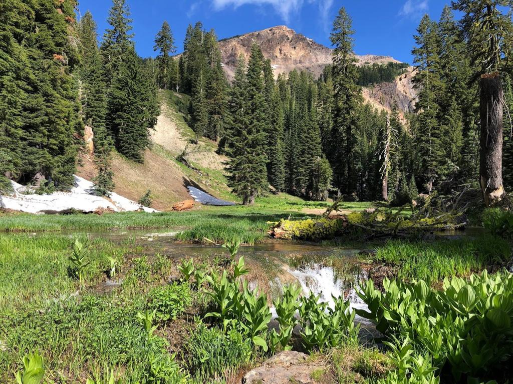 Brokeoff Mountain, Mountain