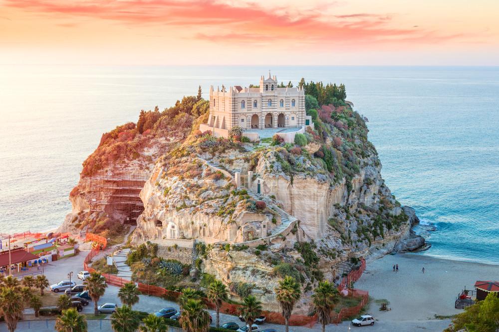 Tropea, Italy. mRGB / Shutterstock.com