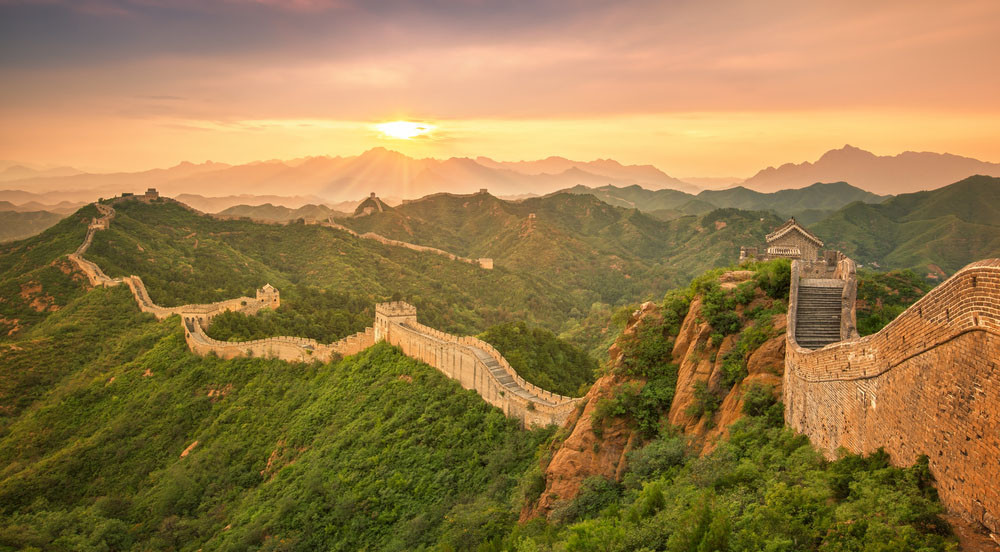 Sunrise at the Great Wall, Northwest Beijing, China.