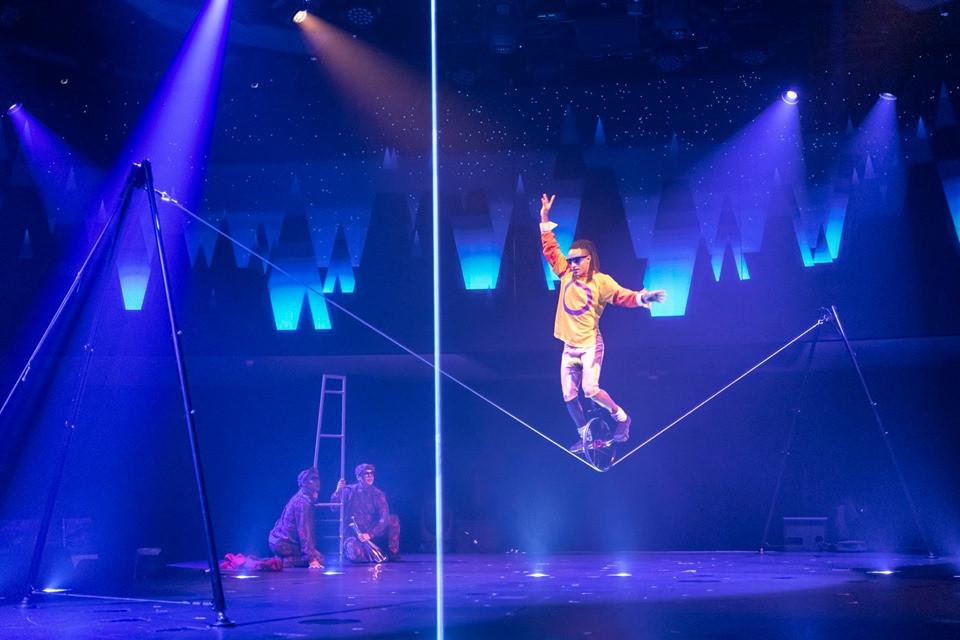Cirque du Soleil, Montréal, Quebec, Canada. facebook.com/CirqueduSoleil