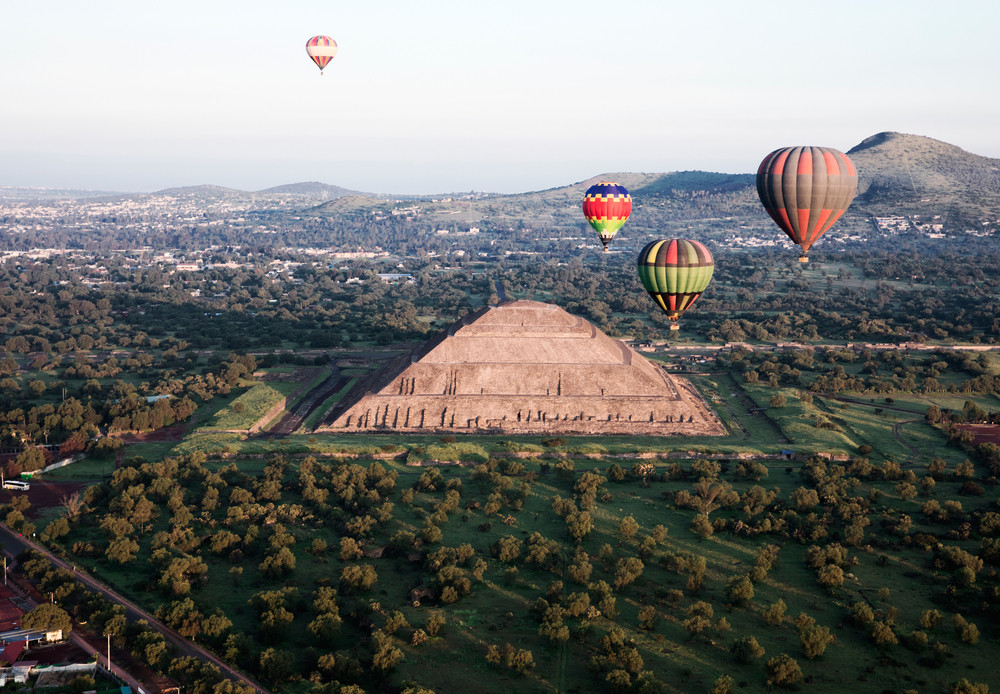 Hot air balloons above the City of Gods, Teotihuacan, Mexico.