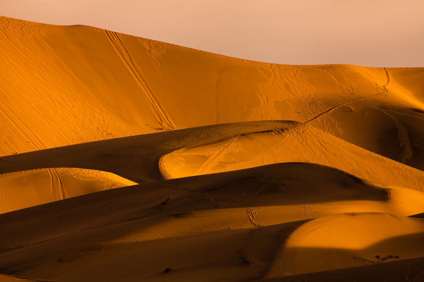 Eureka Dunes, Dunes
