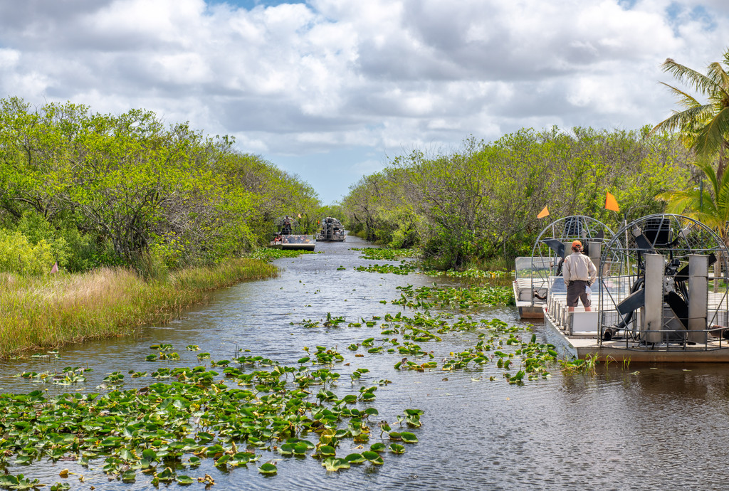 Coopertown The Original Airboat Tour, Miami