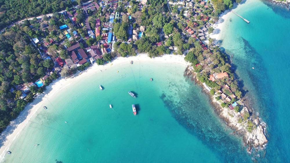 Ko Samet beach, Thailand.travelview/Shutterstock.com