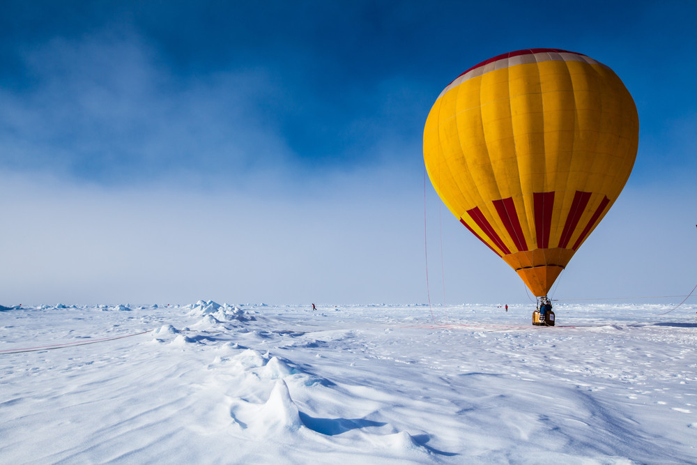 Hot air balloon in the North Pole, Quark Expeditions.